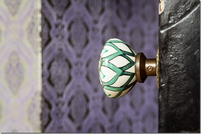 Details-love this door knob