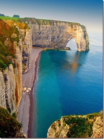 Sea-Cliffs-Etretat-France[5]