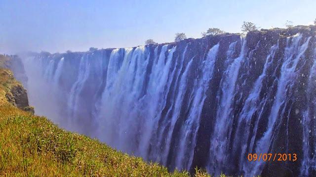 Victoria Falls ZA 011.JPG