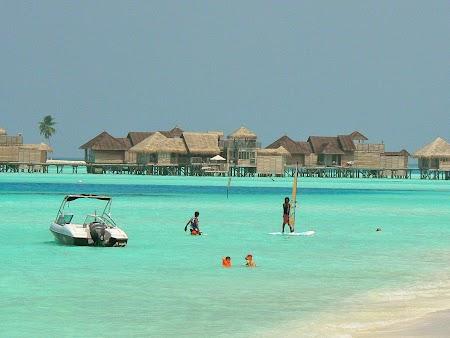 05. Sporturi marine in Maldive.JPG