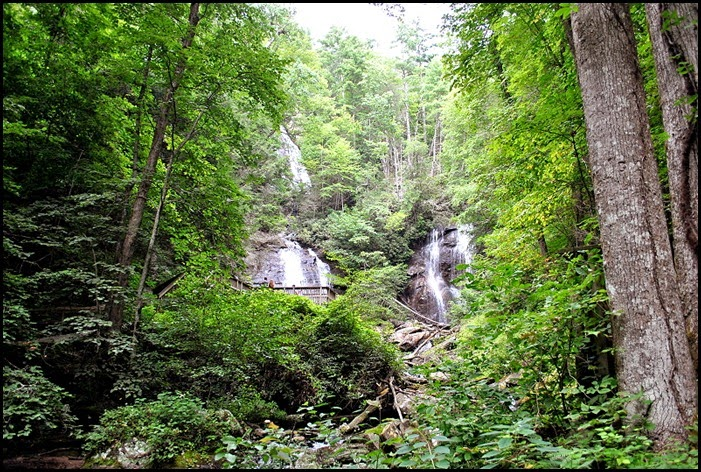 25f - Anna Ruby Falls Trail - First view of the falls