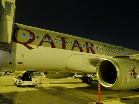 02. Qatar Airways la Doha.JPG