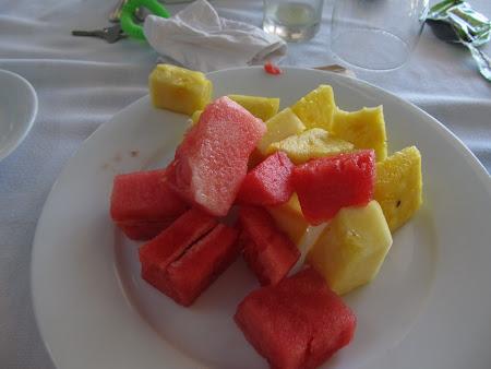2. salata fructe Caraibe.JPG