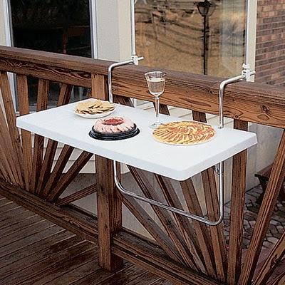 Desayunar en el balcón una mañana soledad es todo un placer