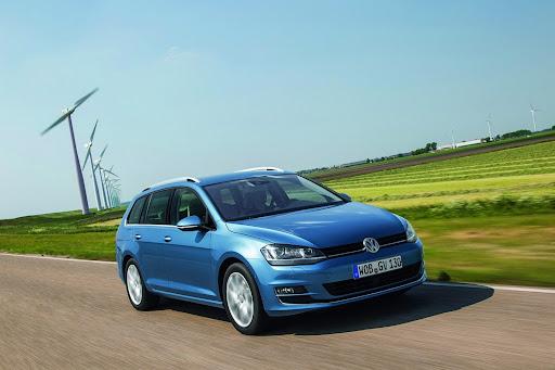 VW-Golf-Variant-01.jpg