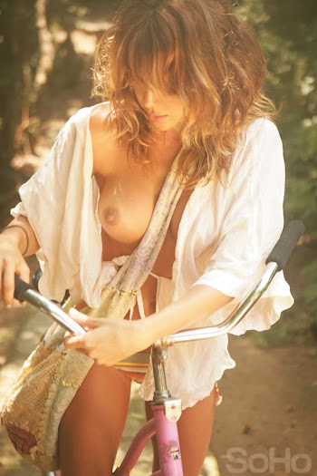 Natalia Paris Desnuda en SoHo Foto 41