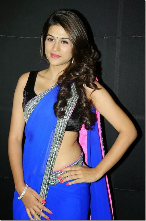Indian-Actress-Stills: Shraddha Das Nice Pics