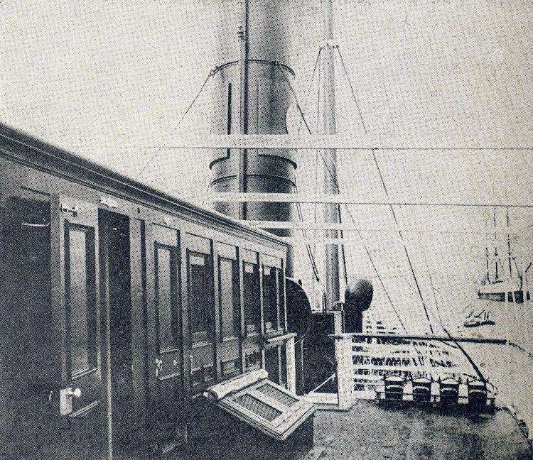 Habilitación para capitán y oficiales en la cubierta alta. De la revista La Vida Marítima. 1.904.JPG