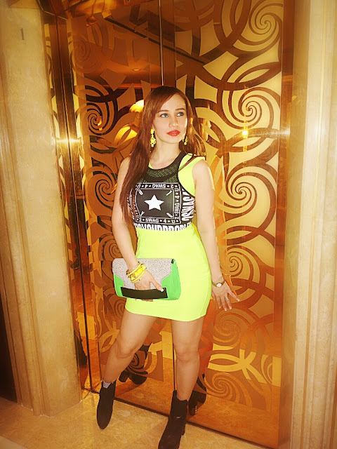Fashion - Neon Dress & H&M Swag Crop Top, H&M Green Hand-Strap Clutch, Ankle Boots, Neon Accessories