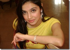 actress-divya-khosla_closeup_cute still