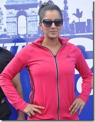 Sania Mirza in Pink Jogging Suit Hot Photos