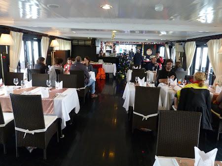 Sala de mese a vasului de croaziera