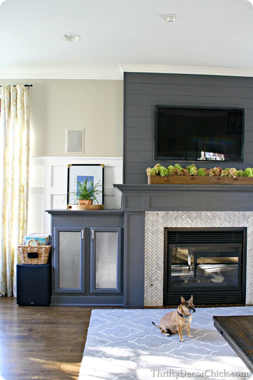 Color To Paint Above Fireplace Mantel