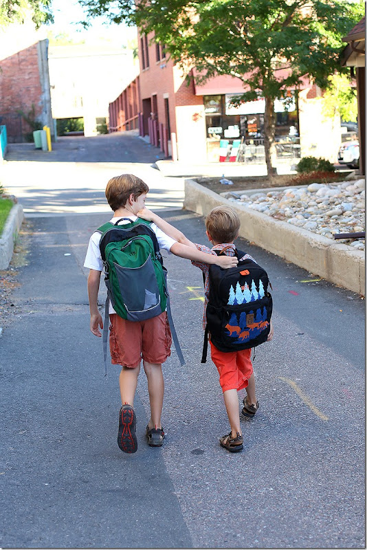 web brothers heading to school on the first day