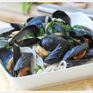 Garlic Mussel Pasta Recipes.