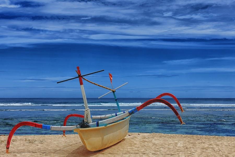 Waiting for sunset by Ruli Yanto - Transportation Boats ( bali, pantai pandawa, blue, still life, cloud, beach, boat )