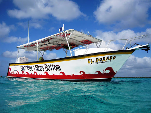 glassboat-snorkel-Cozumel - Glass-bottom boats and snorkeling tours are waiting for you on Cozumel.