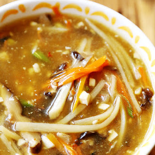 Restaurant Style Chinese Hot and Sour Soup (Vegan).