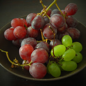 Still Life Grapes by Steve Cooke - Food & Drink Fruits & Vegetables (  )