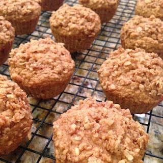 Applesauce Cinnamon Oat Muffins