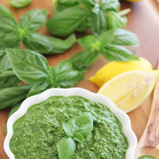 Spinach Basil Pesto (Nut-Free)