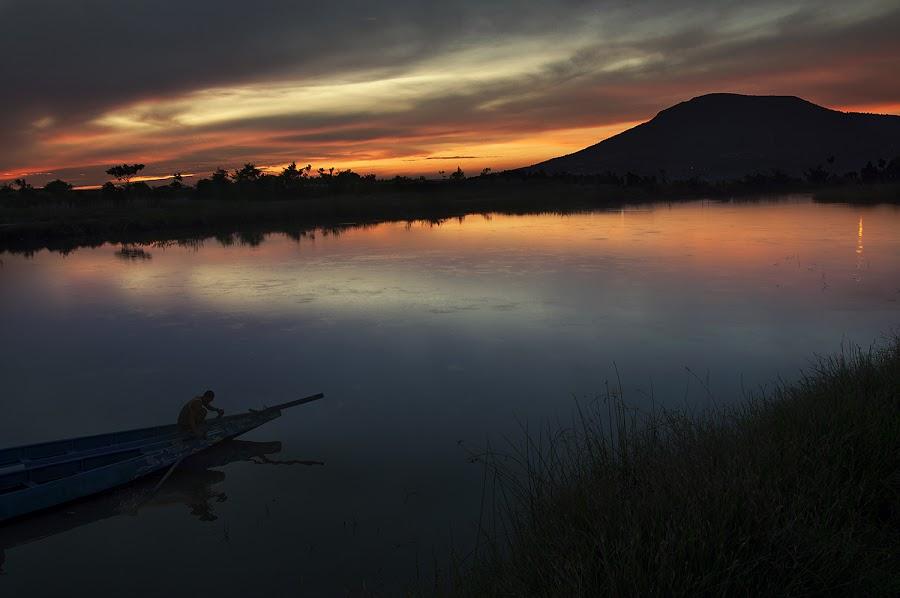 by Pantouw David - Landscapes Waterscapes ( human interest, sunrise, landscape, boat, people, activity, watescape )