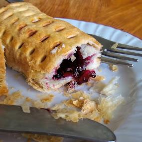 Dessert by Vlad Zugravel - Food & Drink Candy & Dessert ( time, sweet, breakfast, apetising, desser )