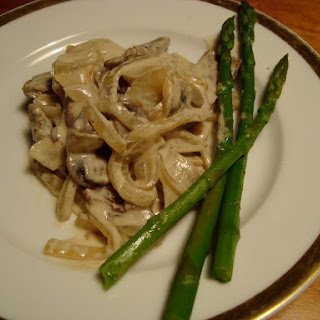 Beef Stroganoff with Mushrooms and Onions