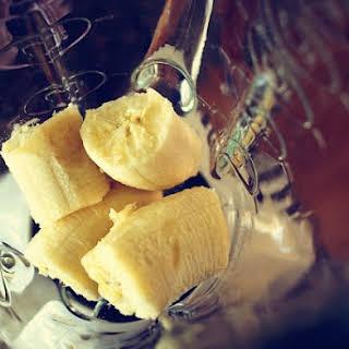 Banana Almond Crush Smoothie.