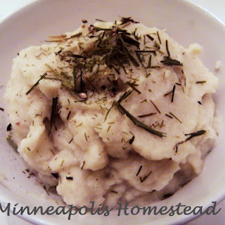 Garlic Cauliflower Mashed Potatoes (Dairy Free)