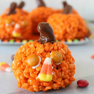 Easy Pumpkin Krispies Treats