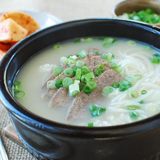 Seolleongtang (Beef Bone Soup) Recipe