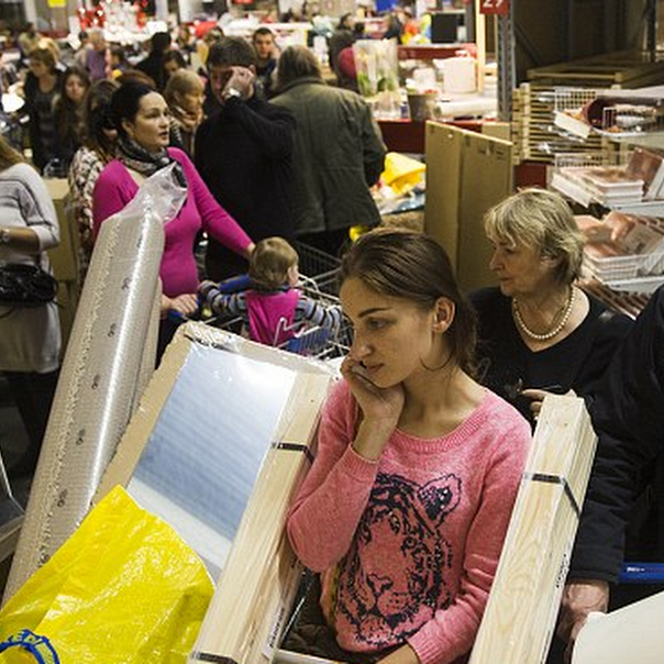 russia-shoppers