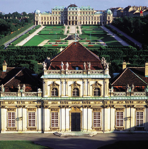 belvedere-palace-view - Upper and Lower Belvedere Palace, view from Rennweg, Austria.
