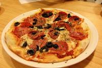 貝里義大利薄餅披薩