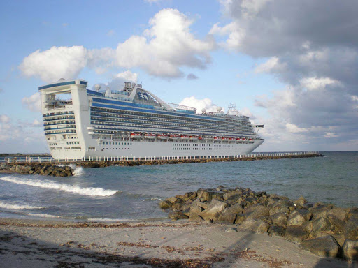 Caribbean Princess sails out of Port Everglades, Florida.