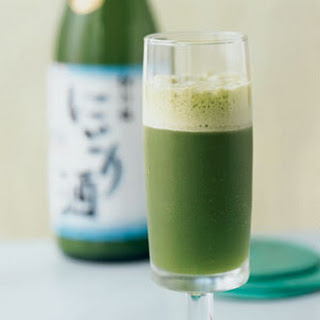 Minted Sake and Pineapple Cooler.
