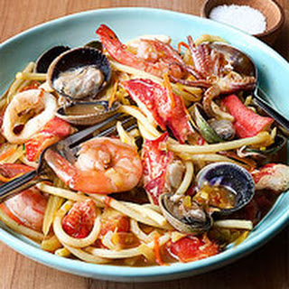 Fat Spaghetti with Frutti di Mare.