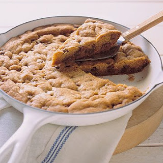 Skillet-Baked Chocolate Chip Cookie.