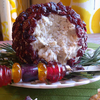 Christmas Cranberry Cheese Ball.