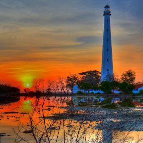 Bangkalan Lighthouse by Curly Yanni - Landscapes Sunsets & Sunrises ( cool, bangkalan, sunset, curl, lighthouse )
