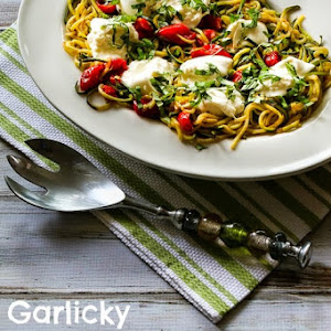 Garlicky Zucchini Noodles with Tomatoes and Burrata