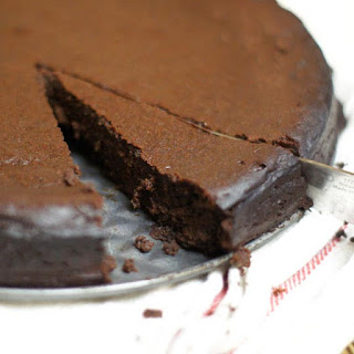 Healthier Flourless Chocolate Cake.