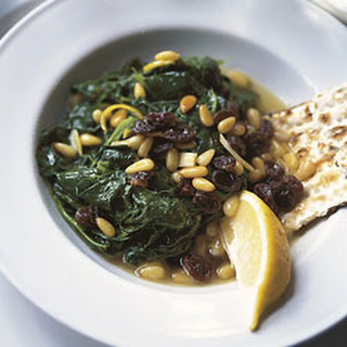 Spinach with Pine Nuts and Raisins Recipe