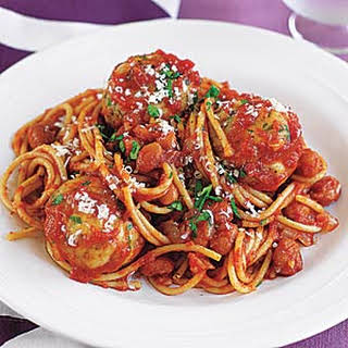 Spaghetti and Turkey Meatballs in Tomato Sauce.