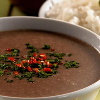 RECIPE - Bean Soup Brazilian Beach Style (Caldinho de Feijão)