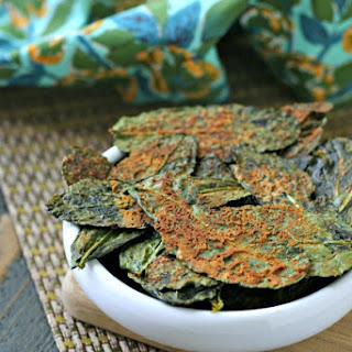 Spicy Nacho Kale Chips {Vegan, Paleo}