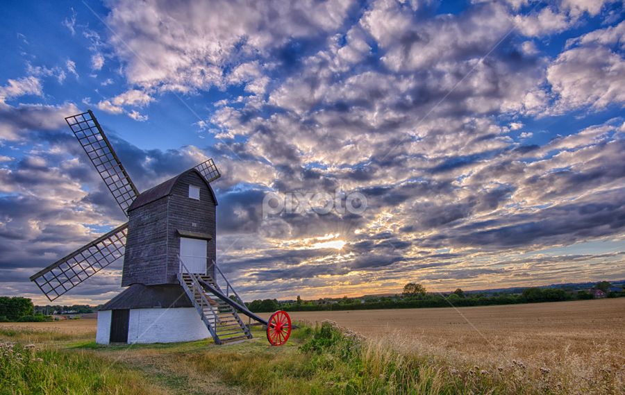 Pitstone Mill by P P - Buildings & Architecture Public & Historical ( clouds, colour, pitstone, sunset, windmilll, sun,  )