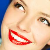 Nona Smiles