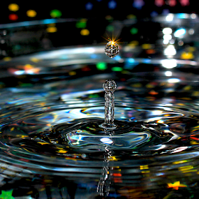 by Şahin Kaplan - Abstract Water Drops & Splashes